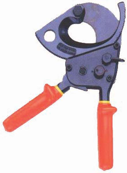 Insulated Bolt Cutters : Insulated bolt and cable cutters